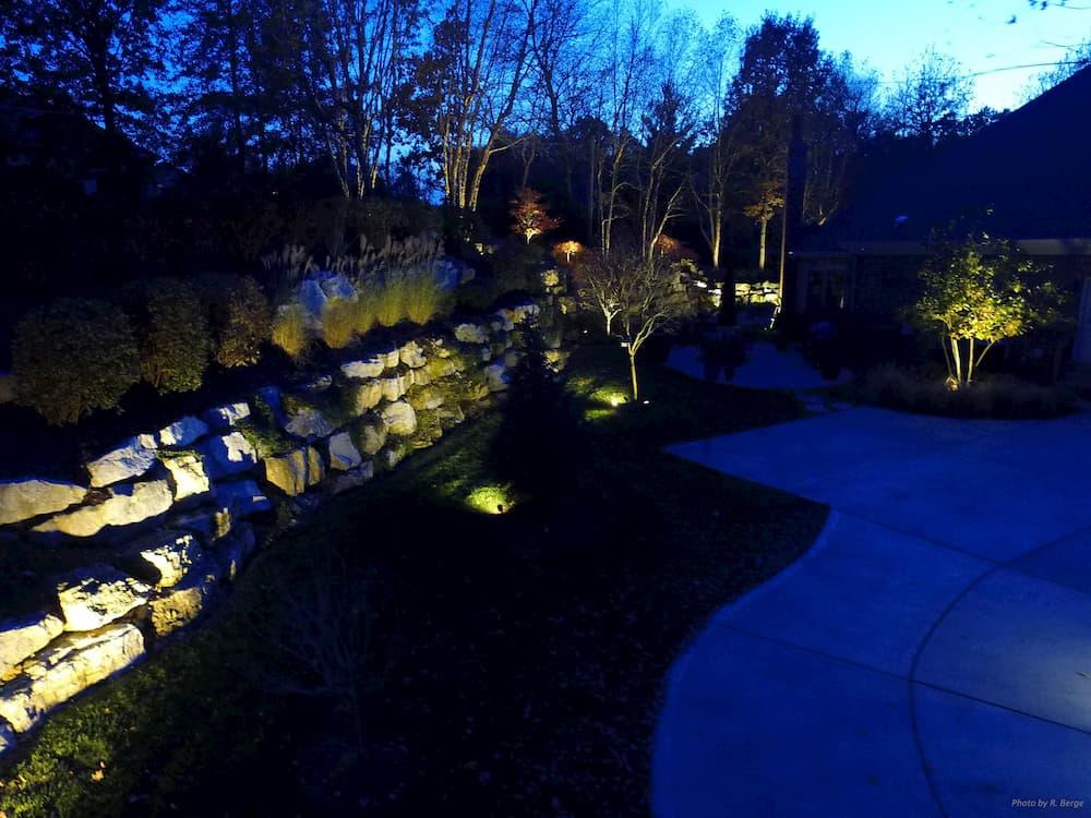 house-lighting-backyard-1