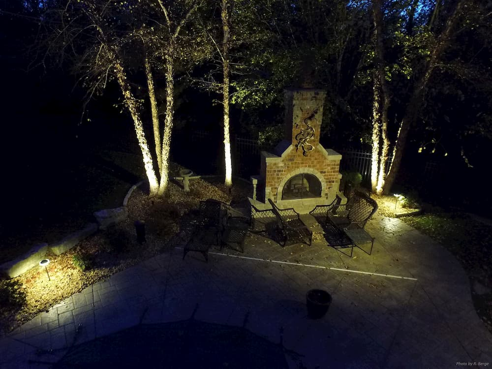 house-lighting-outdoor-fireplace-2
